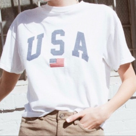 NEW Brandy Melville USA White Cropped Tee